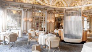 Красивый дизайн ресторана Le Lois XV